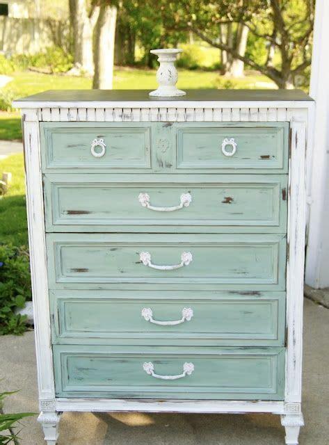 How To Refurbish An Dresser by Refurbish Dresser Search Refurbished Furniture