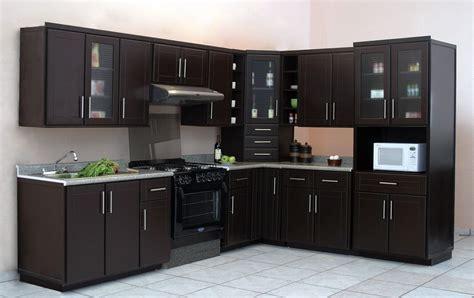 cocinas integrales de madera natural  en