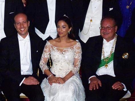 Sofa Koenig Belinda inside prince muhammad ali of and princess noal