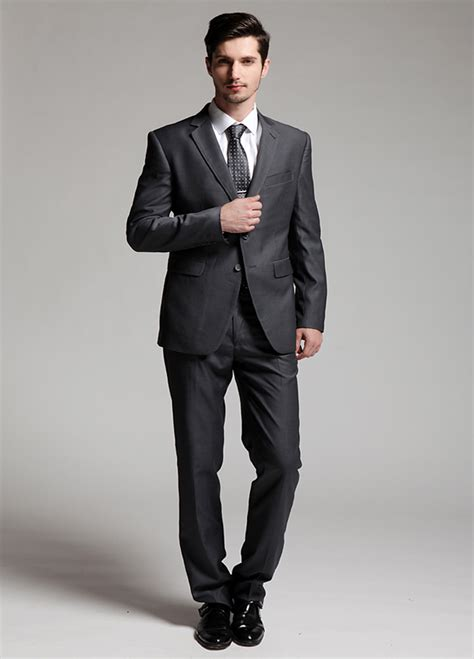 suites wedding suit which suit to be wear at an