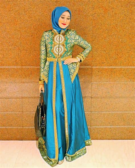 Contoh Model Baju Batik Gamis Sarimbit Serasi Kekinian   ModelBusana