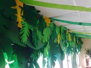 dekoration dschungel the charming classroom island jungle theme