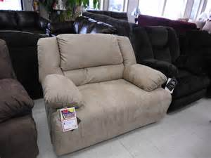 Chair And A Half Recliner by Choose Chair And A Half Recliner For Comfortable And