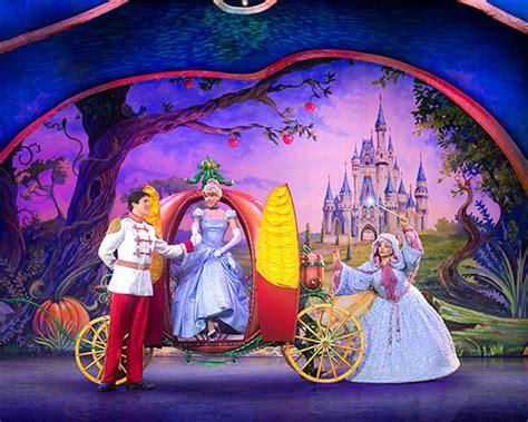 magic mickey and minnie disney doorway to live mickey and minnie s doorway to magic