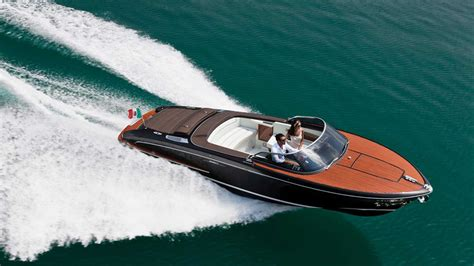riva yacht photos riva iseo photo gallery yacht di lusso