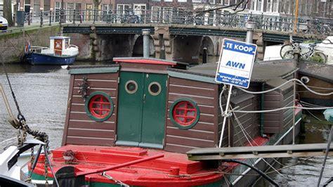woonboot delft kopen ing stopt met hypotheken voor woonboten eenvandaag