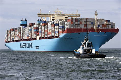 ship company maersk unsure why iran seized cargo ship business insider
