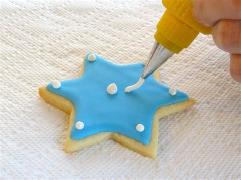 decorating with royal icing how to decorate sugar cookies with royal icing cookie