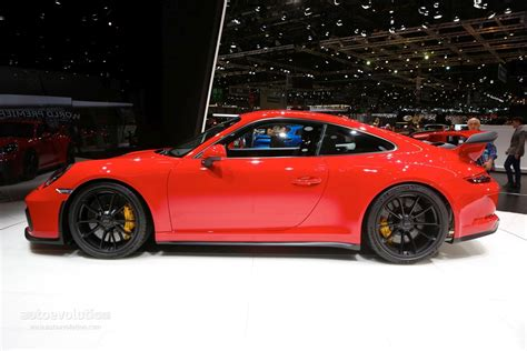 porsche gt3 red ruby star 2018 porsche 911 gt3 rendered one ups the
