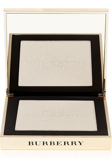 New Burberry Gold Glow Powder No01 Gold Shimmer Limited Edition burberry gold glow fragranced luminising powder net a porter