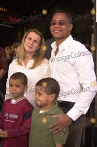 Jr with family including wife sara kids brother omar father