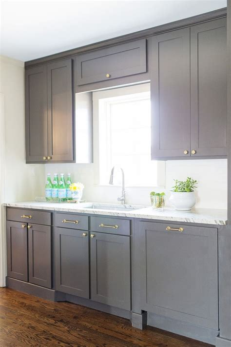sherwin williams kitchen cabinet paint best 25 sherwin williams cabinet paint ideas on pinterest