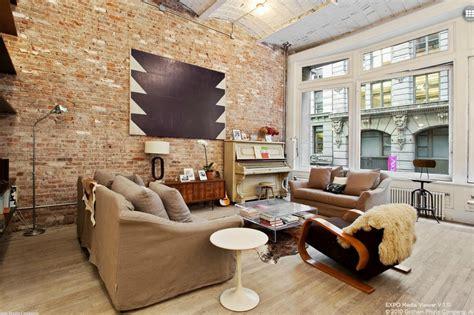 living high in a new york flatiron loft designshuffle blog a flatiron loft that s rocking exposed brick asks 3 85