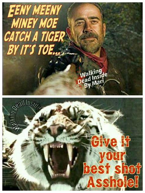 True Search Geoffrey Dean The Walking Dead Memes Negan Jeffrey Dean Shiva Twd The Best Show