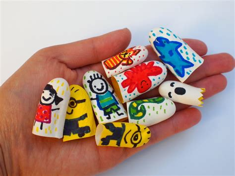 mollymoocrafts easy finger puppets