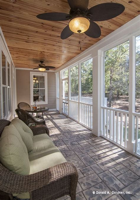 Outdoor Ls For Porches by Stay Cool On This Screened Porch With These Outdoor Fans