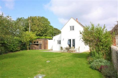 mayflower cottage axminster toad cottages