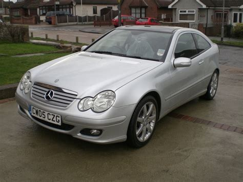 how to learn about cars 2005 mercedes benz s class parking system 2005 mercedes benz c class overview cargurus