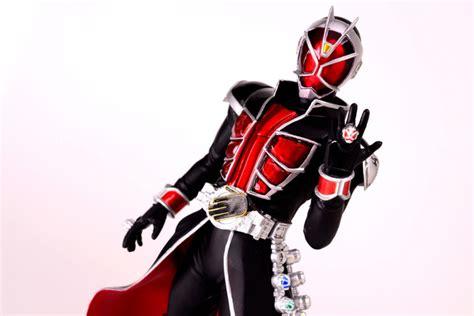 Ichiban Kuji Kamen Rider Wizard Figure With Background Card style kamen rider fr