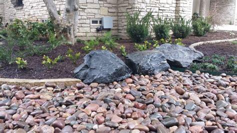 aiuole giardino bordure per aiuole giardinaggio come realizzare le