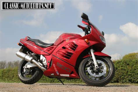 suzuki rfr fast classic road test classic motorbikes