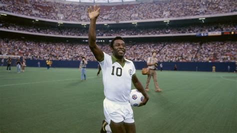 pele biography movie soccer star pele to get scripted tv treatment hollywood