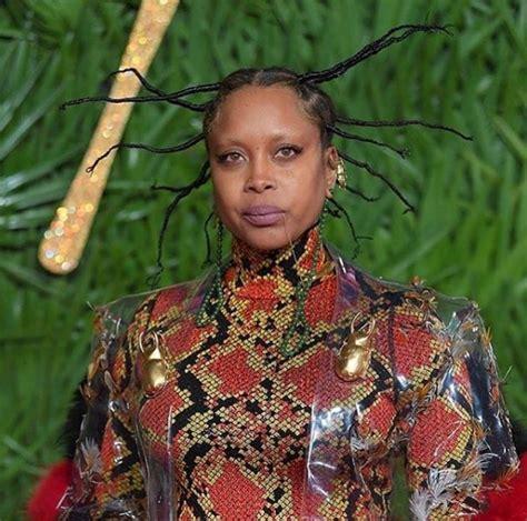 erykah badu bathtub video checkout erykah badu s fierce african hairstyle nixusblog com