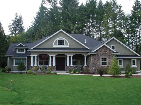 craftsman style home plans best 25 craftsman style homes ideas on pinterest