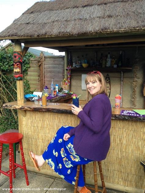 tiki bar pub entertainment from west mersea essex owned