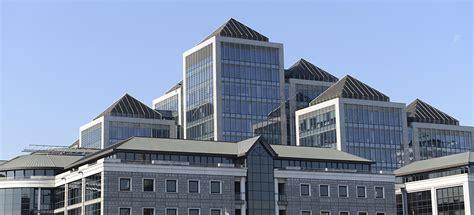 ireland office dublin enjoys 2 7 million square of office leasing