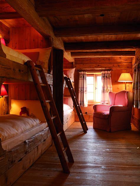 rustic log cabin design  stunning interiors