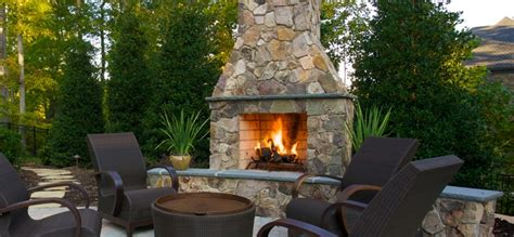 Stand Alone Outdoor Fireplace by A Stand Alone Outdoor Fireplace Elegance And Style Right