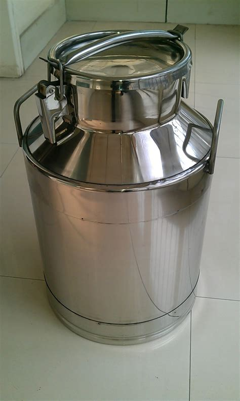 Milk Jug Stainless Steel Rubber Milk Jug Stainless Steel Dengan Kare stainless steel milk churn mini milk can milk storage