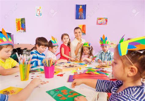 imagenes niños haciendo manualidades manualidades para ni 241 os simples y divertidas