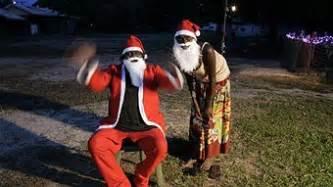 bush christmas traditions on show in darwin abc darwin