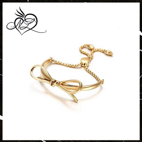 Jewelry Company Introduction Letter Stainless Steel And Shackle Cuff Bangle Bracelet Hoof Letter D Shape Bangle Buy