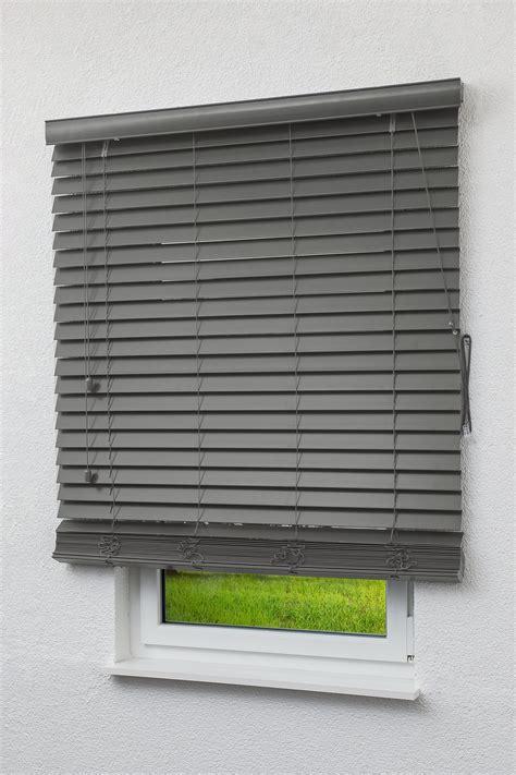 jalousie terrasse alu jalousie au 223 en jaloucity sicht und sonnenschutz f 252 r