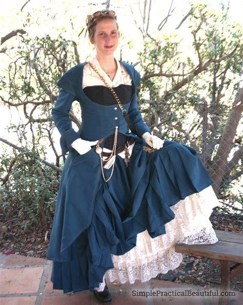 Simple Gardens women s steampunk costume simple practical beautiful