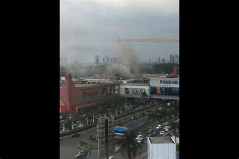Kompor Mata Seribu kebakaran pengunjung pondok indah mall 1 dievakuasi