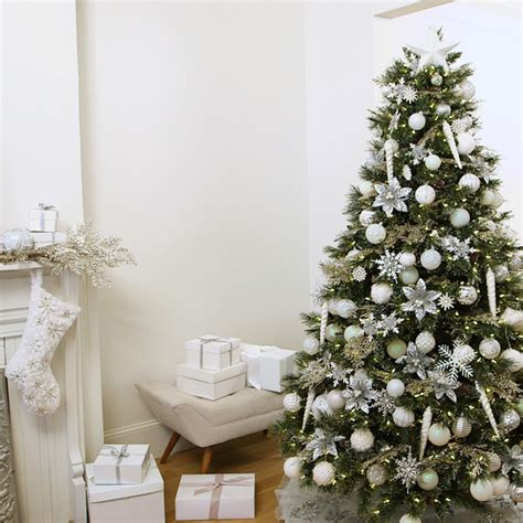 martha stewart tree instructions how to decorate a winter white tree martha stewart