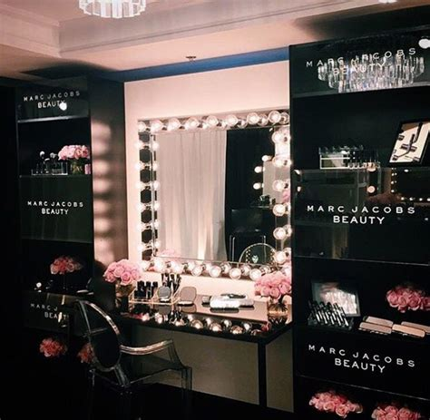 Makeup Room Decor Best 25 Black Makeup Vanity Ideas On Pinterest Glam Room Makeup Room Decor And Bedroom Decor