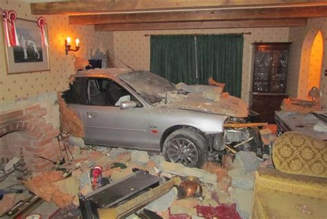 home design 3d keeps crashing motorist planning car on house blitzkrieg people of lancaster