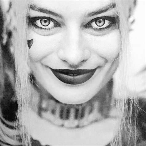 harley quinn black and white wallpaper suicide squad images black and white portrait harley
