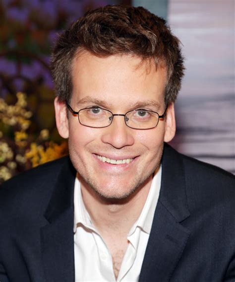 biography of john green paper towns author john green s best life advice instyle com