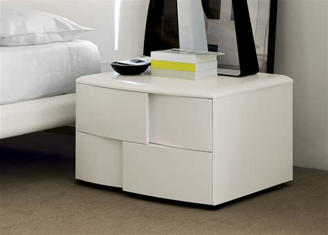 Bedroom Table Ls Contemporary Trends Decorative Contemporary Bedside Tables New