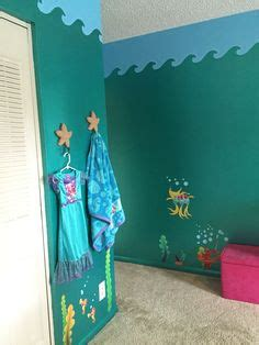 mermaid bedrooms the home touches 1000 ideas about little mermaid bathroom on pinterest