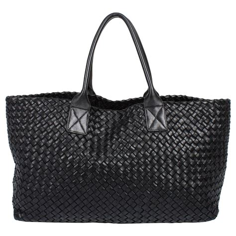 Bottega Cabat bottega veneta cabat intrecciato woven medium tote bag