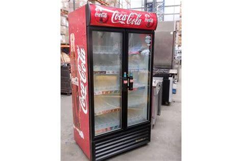 1 X Oversized 2 Door Quot Coca Cola Quot Merchandiser Refrigerator Coca Cola Glass Door