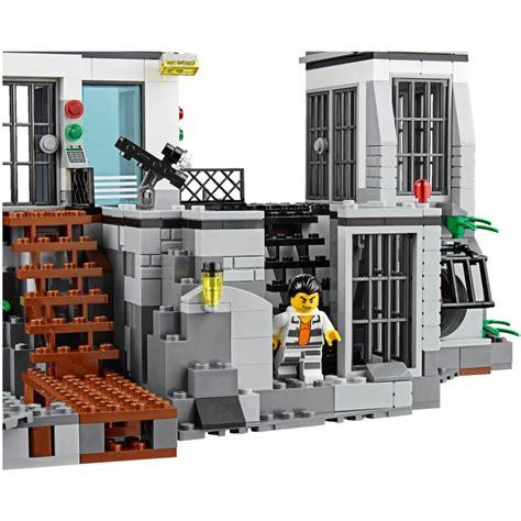 Lego City Prison Island 60130 lego 60130 prison island lego 174 sets city mojeklocki24
