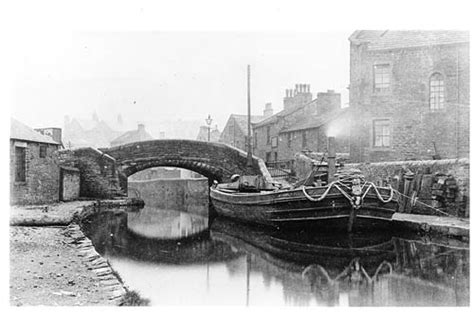 boats sail on the rivers meaning in hindi walking the canal east marton to skipton that s how the